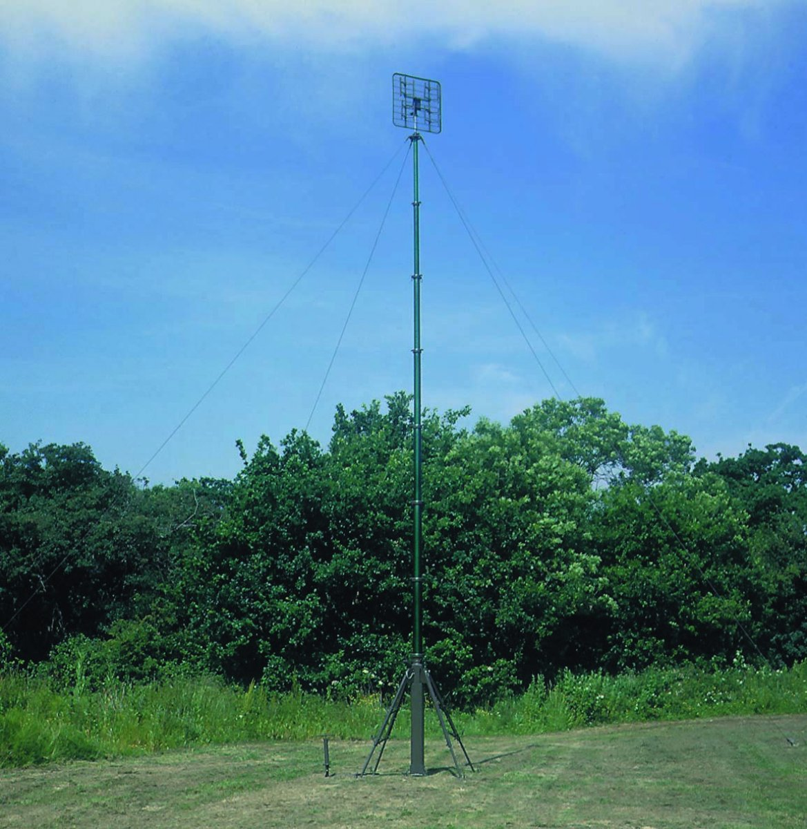 SCAM mast in the field. CLARK MASTS STSTEMS LIMITED
